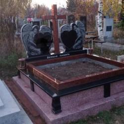 Памятники из гранита, мраморной крошки Большой Кучуров