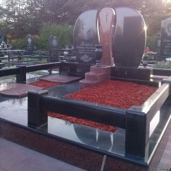 Изготовление и установка надгробных памятников Кропивницкий