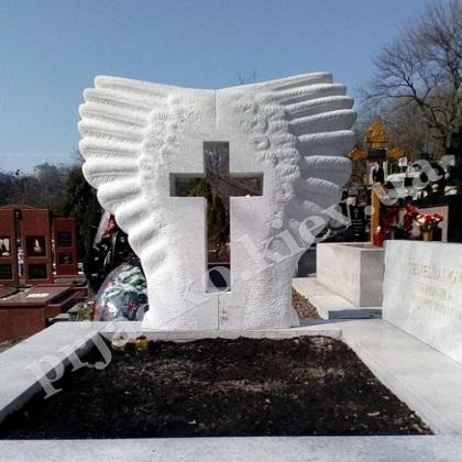 Надгробный памятник из белого гранита Киев