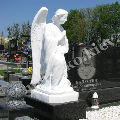 Ритуальная скульптура на могилу Киев